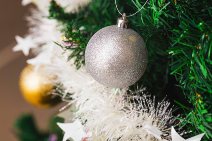 preventing common holiday accidents