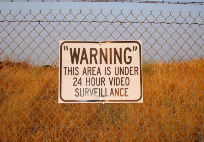 Warning sign on fence, Lorenzo & Lorenzo Personal Injury Guide Article